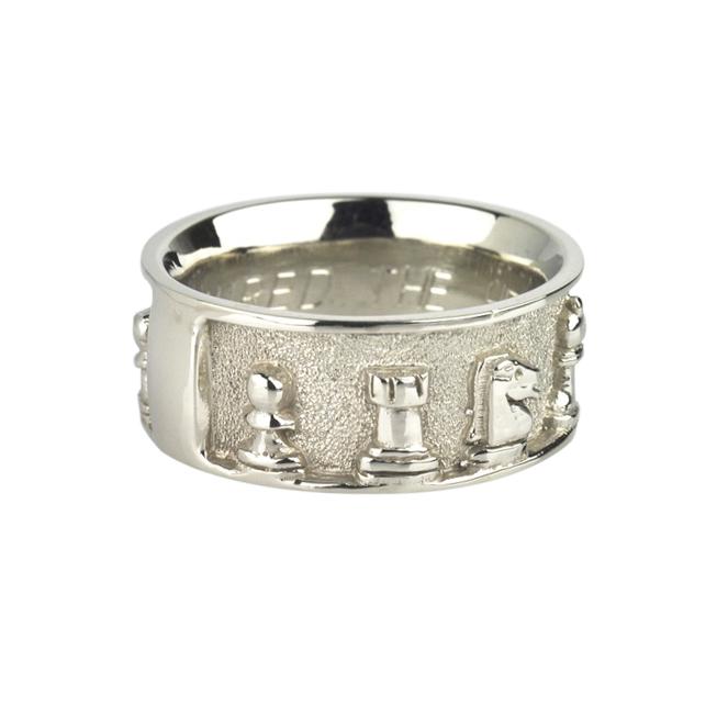 10k White Gold Chess Ring