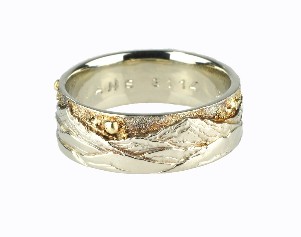 Cabin in the Woods Mountain Landscape Ring