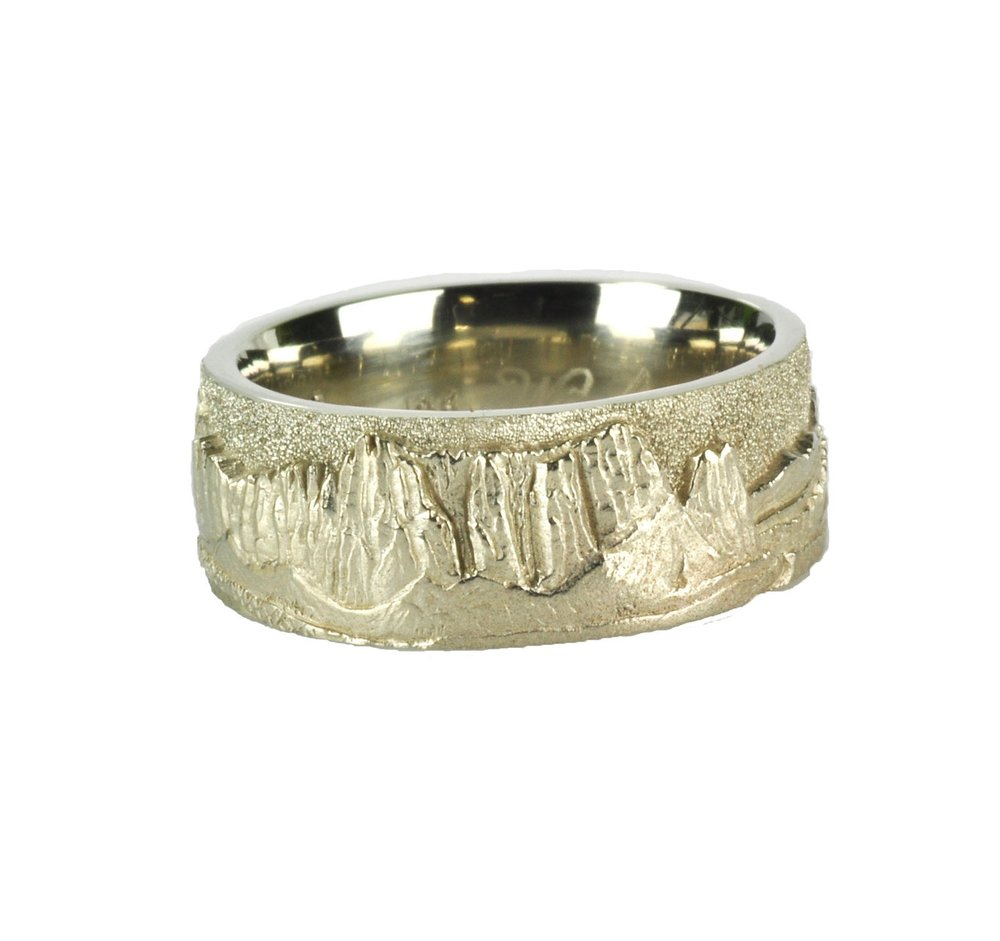 14k White Gold Smith Rock Landscape Ring