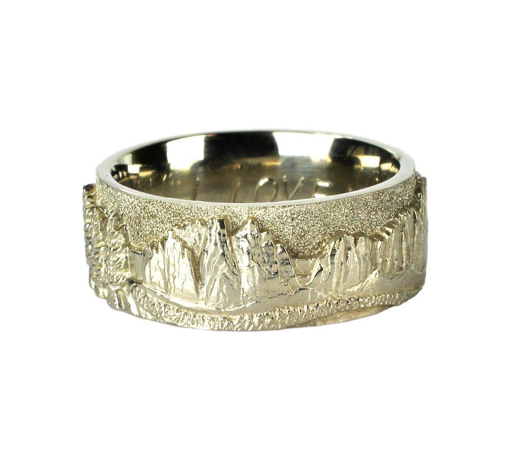 14k White Gold Smith Rock Landscape Ring