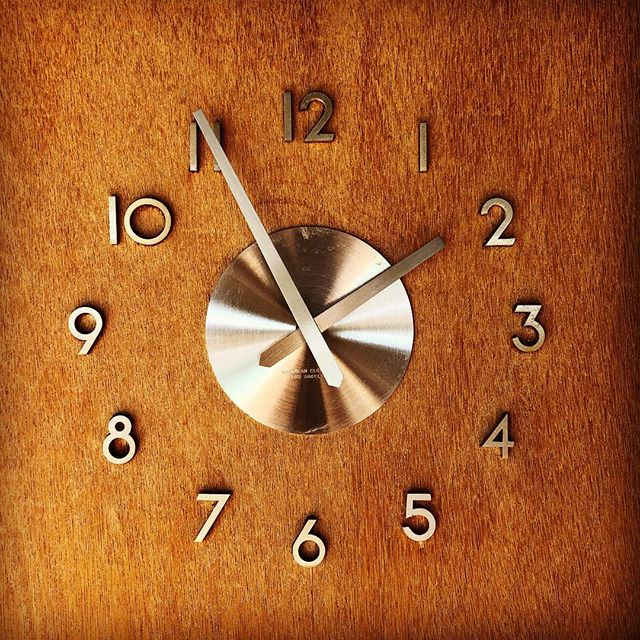 Wall clock in Albert Frey's crib