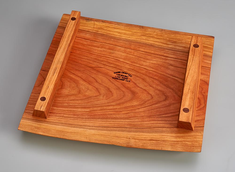 footed cutting board