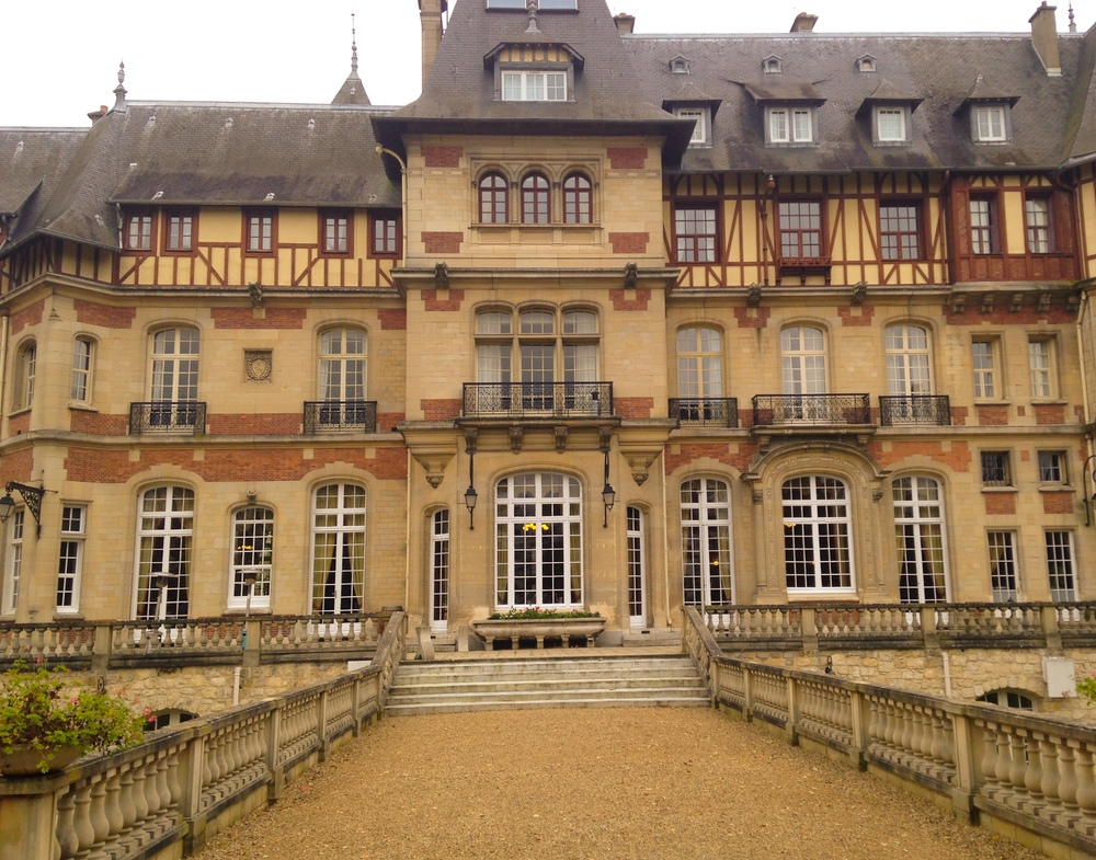 {View of the back of the chateau}