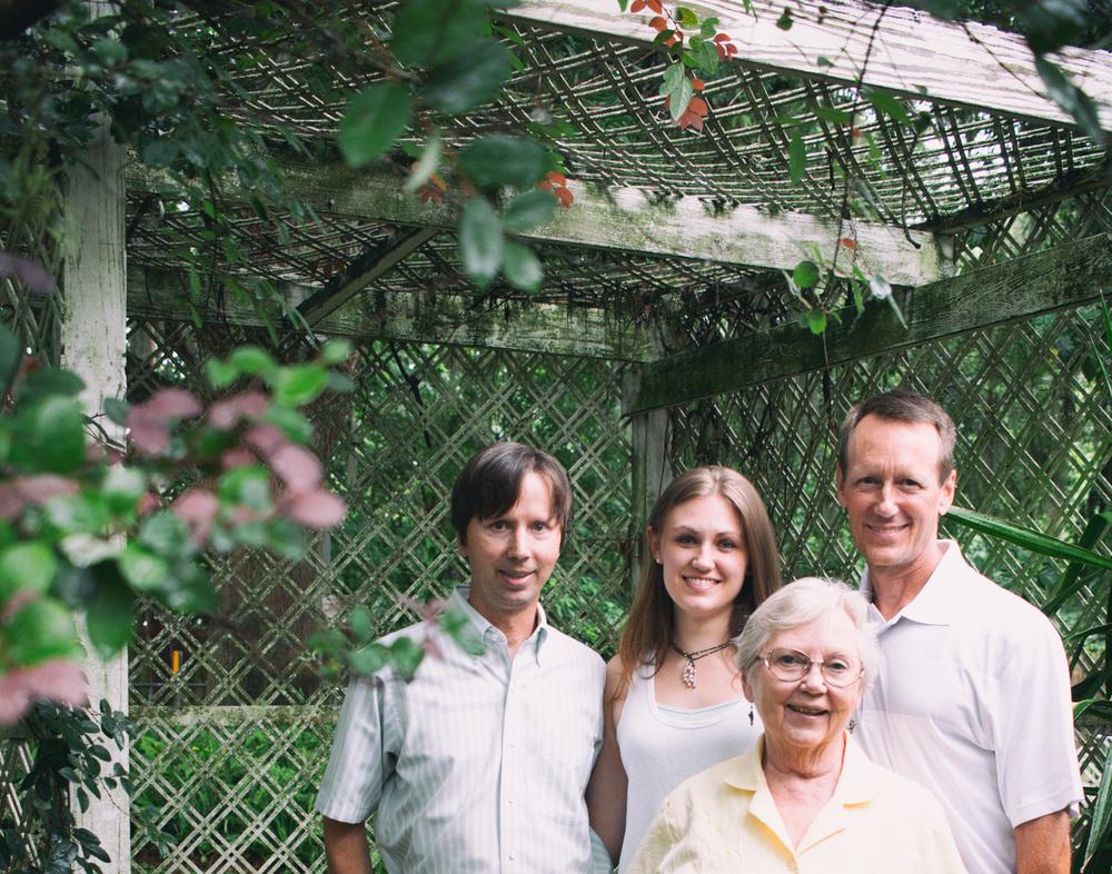 messfamily01-web.jpg