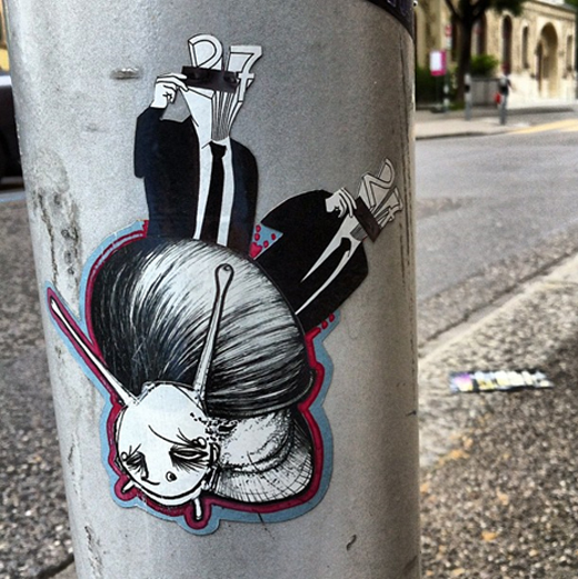 snail_sticker_street_art.jpg