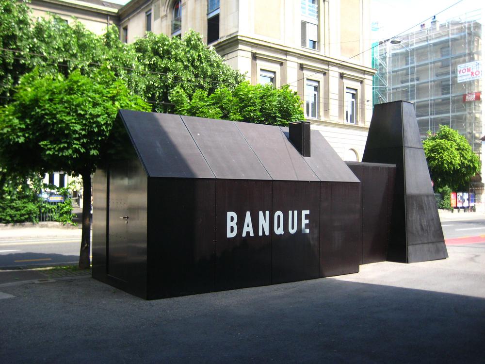 Installation Banque Du Miel Geneve  © Parti Poétique