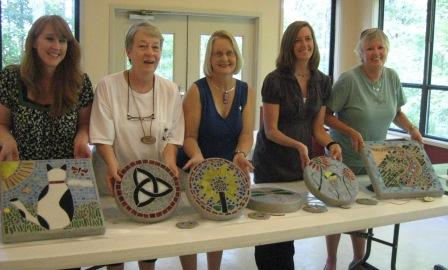 Students in Linda Munoz's Mosaics and Fused Glass class.
