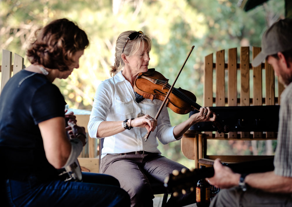 WE TEACH FOLK   The Alabama Folk School at Camp McDowell was founded in 2007. Our mission is to provide an opportunity at Camp McDowell to be inspired and renewed in a supportive community while learning from and experiencing master artists, artisans and musicians.