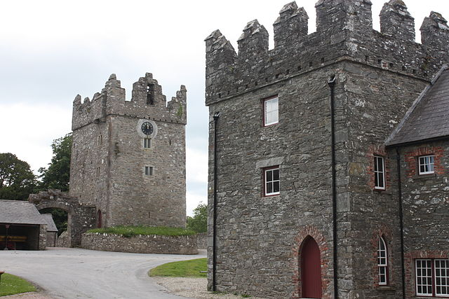640px-Castle_Ward_Castle,_June_2011_(01).JPG