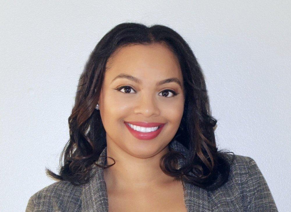 Courtney Alexandria Mompreneur & Founder of Candid & Co IG:candidtea