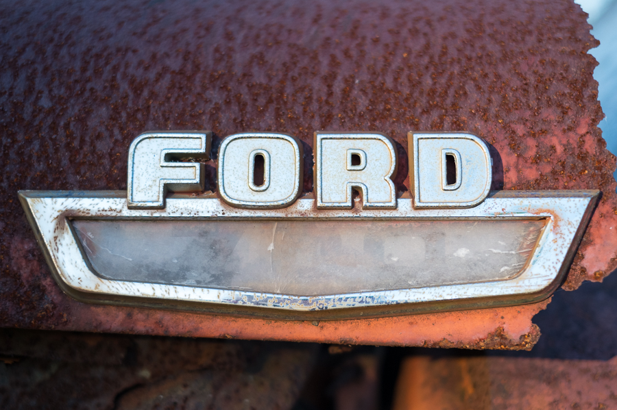 bo-bozeman-old-ford-02.jpg