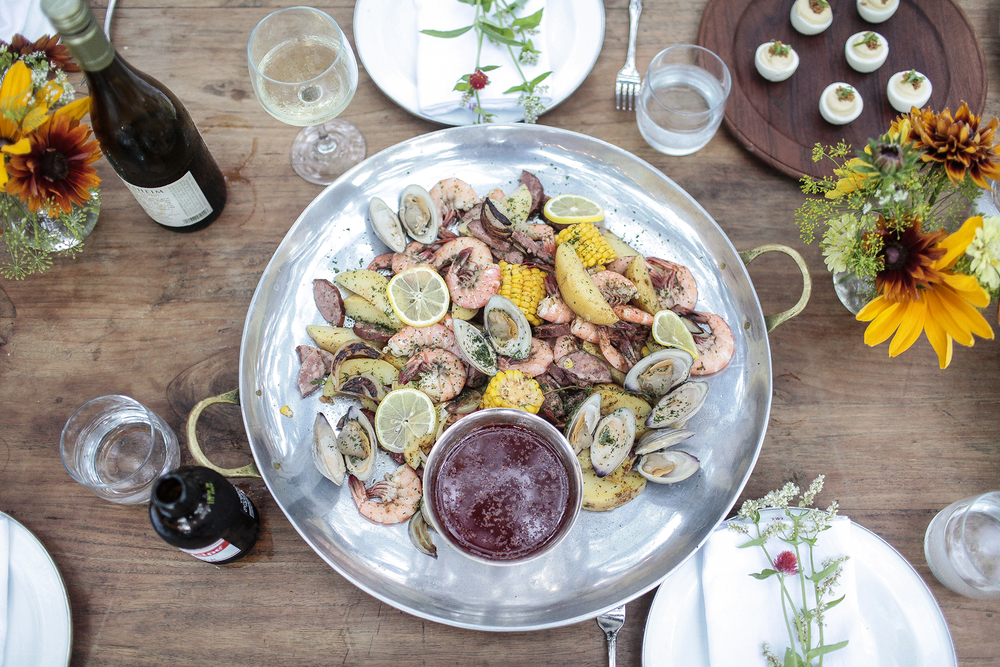 Chef Whitney Otawka throws the perfect Low Country boil at the historic Cumberland Inn.