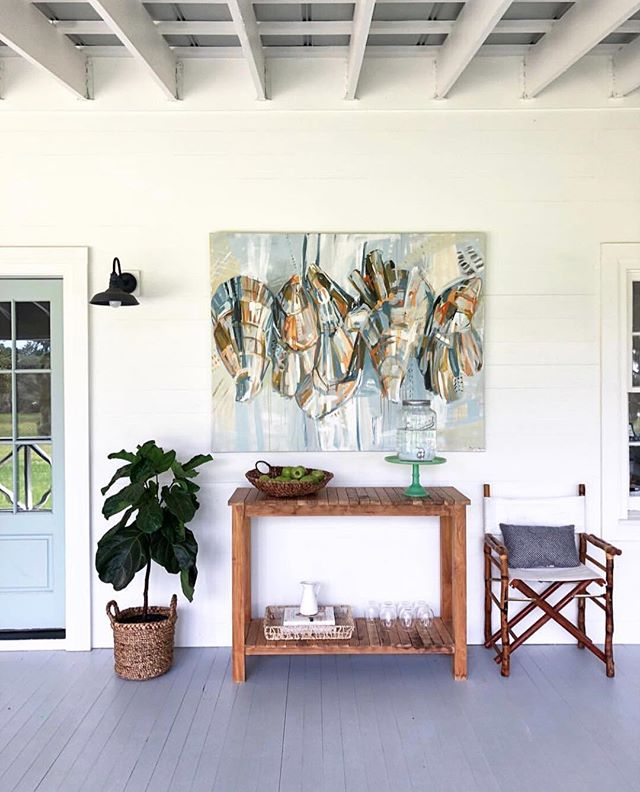 Clearly a fan of this painting's subject matter! So happy to have stumbled across @chelseagoer's work from @candice__lorraine's insta ... this is a decor motif I can get behind 😍. #oystergram #southernmade