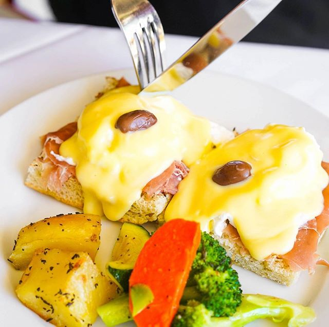 Special Columbus Day Brunch! - 11:30am to 2:30pm BOTTOMLESS MIMOSAS $19.95 Plus Your Choice of One of the following Entrees: (regular menu available as well) UOVO BENEDETTO (Eggs Benedict) poached eggs over prosciutto (or ham or smoked salmon) on focaccia bread, topped with Hollandaise sauce, served with seasonal vegetables & roasted potatoes Or 3 EGGS OMELET Select 2 items: Cheese, ham, fresh tomato slice, sausage, mushroom, olive, onion, chicken, jalapeno, smoked salmon, served with seasonal vegetables & roasted potatoes Or PETTO DI POLLO Grilled free-range chicken breast, served with seasonal vegetables & roasted potatoes Or PESCE BIANCO ALLA GRIGLIA Fresh seasonal whitefish grilled marinated with herbs, served with seasonal vegetables & roasted potatoes Or PANINO ITALIANO Fresh tomato slices, mozzarella, basil & sun dried tomatoes, served with arugula & lemon dressing Or PANINO CON POLLO Grilled free-range chicken, gorgonzola cheese & sun dried tomatoes, onion, served with arugula and balsamic vinegar Or PANINO CON CARNE (cheeseburger) Grilled all natural Angus beef burger, provolone cheese, fresh tomato slice, onion & lettuce, served with roasted potatoes Or INSALATE CESARE SPECIALE Romaine lettuce, parmesan cheese, anchovies, chopped grilled chicken and croutons Or RIGATONI ALLA MELANZANA Pasta tubes with tomatoes, eggplant, topped with mozzarella and basil Or CAPELLINI ORTOLANA Angel hair pasta with fresh vegetables, served in a light tomato sauce Or RIGATONI FORMAGGI E PESTO Pasta tubes with pesto sauce & parmesan cheese Or GNOCCHI MODO MIO Homemade potato dumplings in a tomato, pesto and cream sauce.