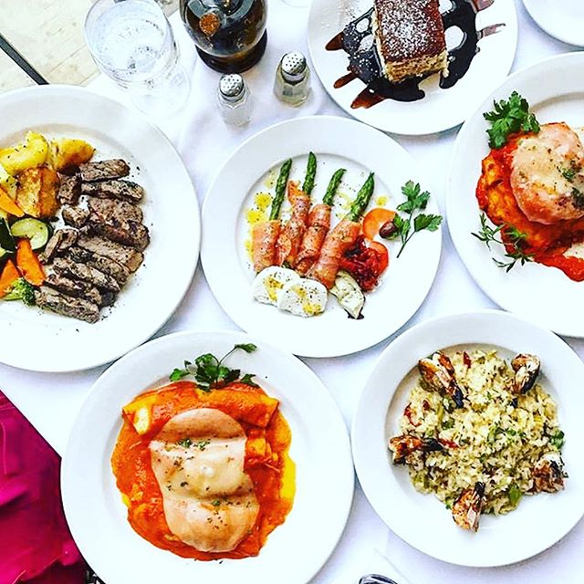 Come visit us to end 2018 with a Italian feast ! . . . . . 📸 @foodxeater