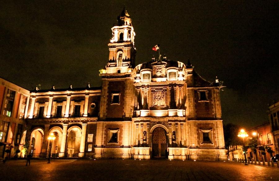 Santo Domingo Plaza.jpg