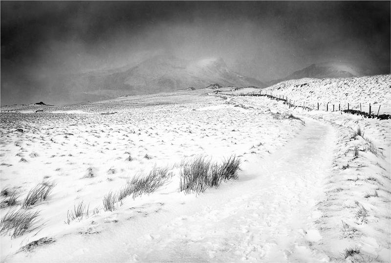 Snowdonia winter by Jon Baker - HC (adv mono)