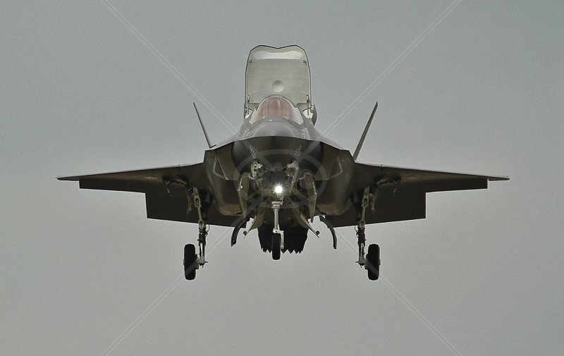 F35 Lightning 2 by Ian Burton - C (Int)