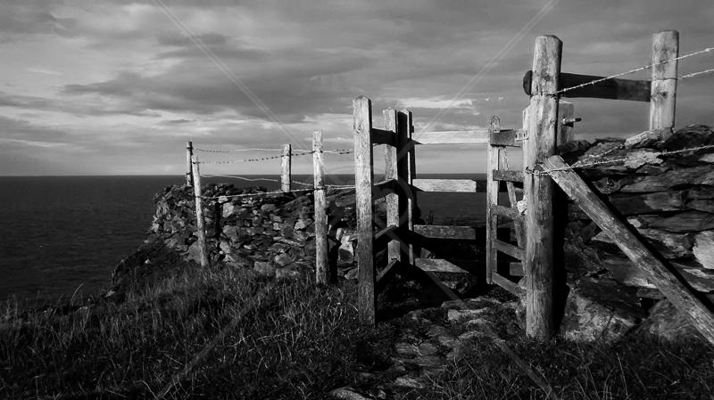 Coastal Gate by Geoff Owen - C