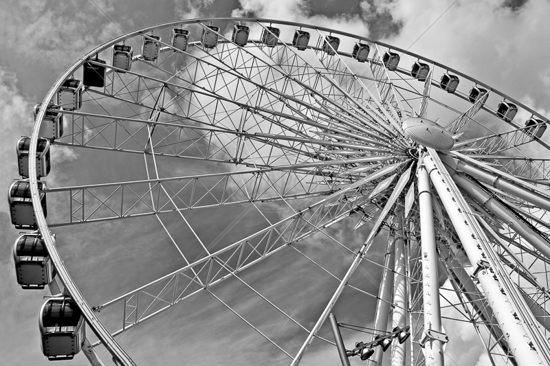 Big Wheel by Peter Hodgkison - C (Int mono)