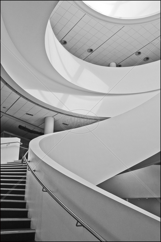 Spiral Staircase by Peter Hodgkison - HC (Int mono)
