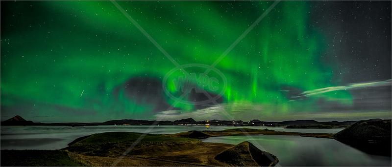 Myvatn Aurora by Calvin Downes - HC (PDI)