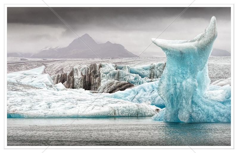 Jokulsarlon Ice Sculpure by Calvin Downes - C (Adv col)