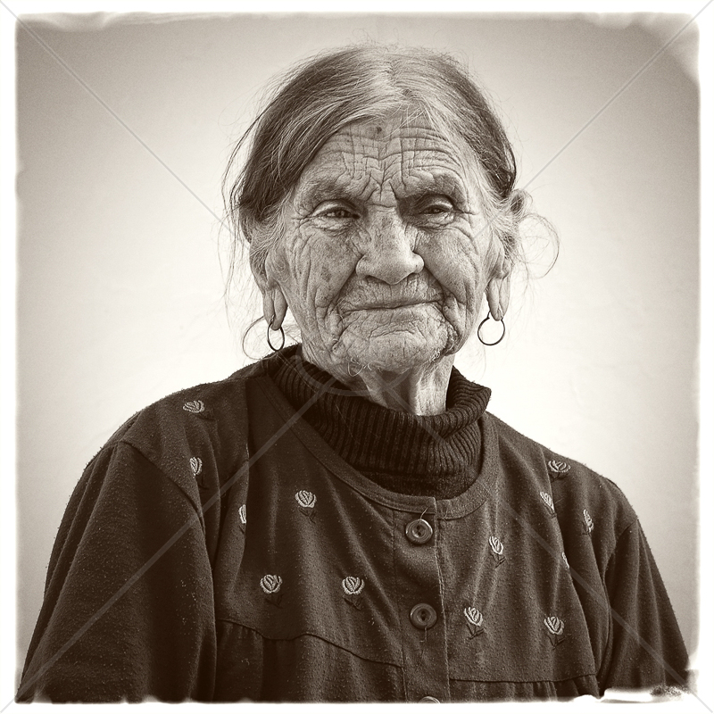 The Old Lady by Tony Thomas - C (Adv mono)