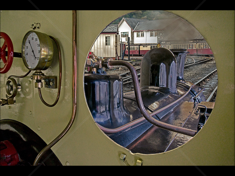 Footplate by Howard Holden - 1st (Int col)