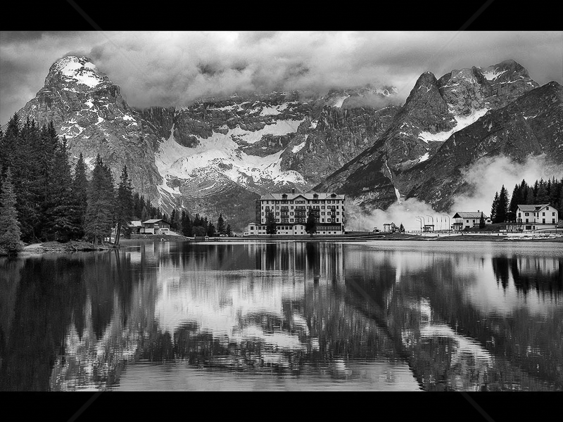Sanatorium by Howard Holden - 2nd (Int mono)