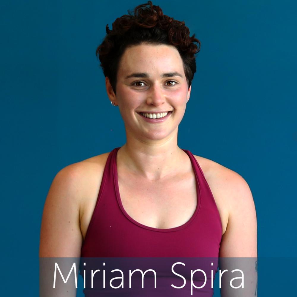 Miriam Headshot2018-01.png
