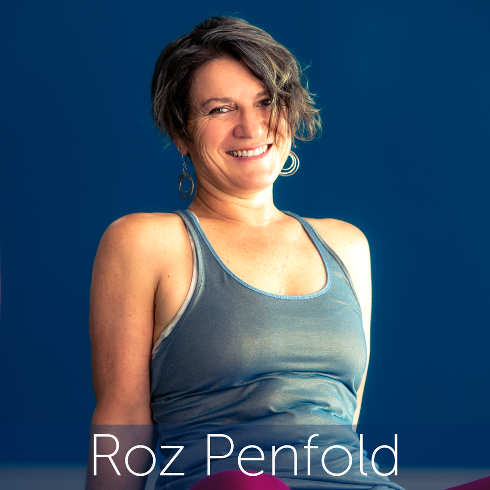 Roz Headshot-01.png