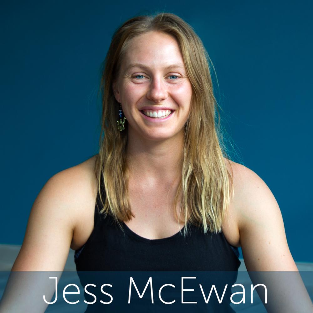 Jess Headshot Web-01.png