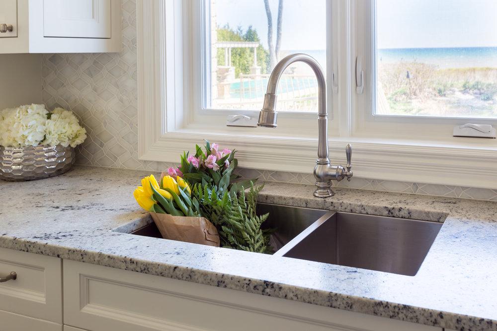 oakville-interior design-kitchen-sink-robson hallford