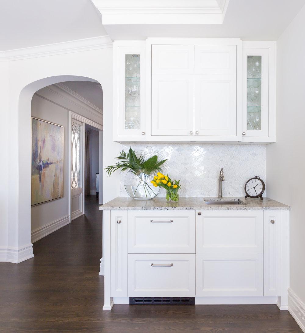 oakville-interior design-kitchen-custom-bar-robson hallford