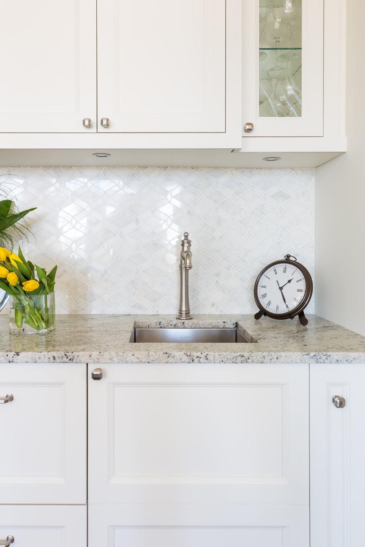 oakville-interior design-kitchen-bar-sink-robson hallford