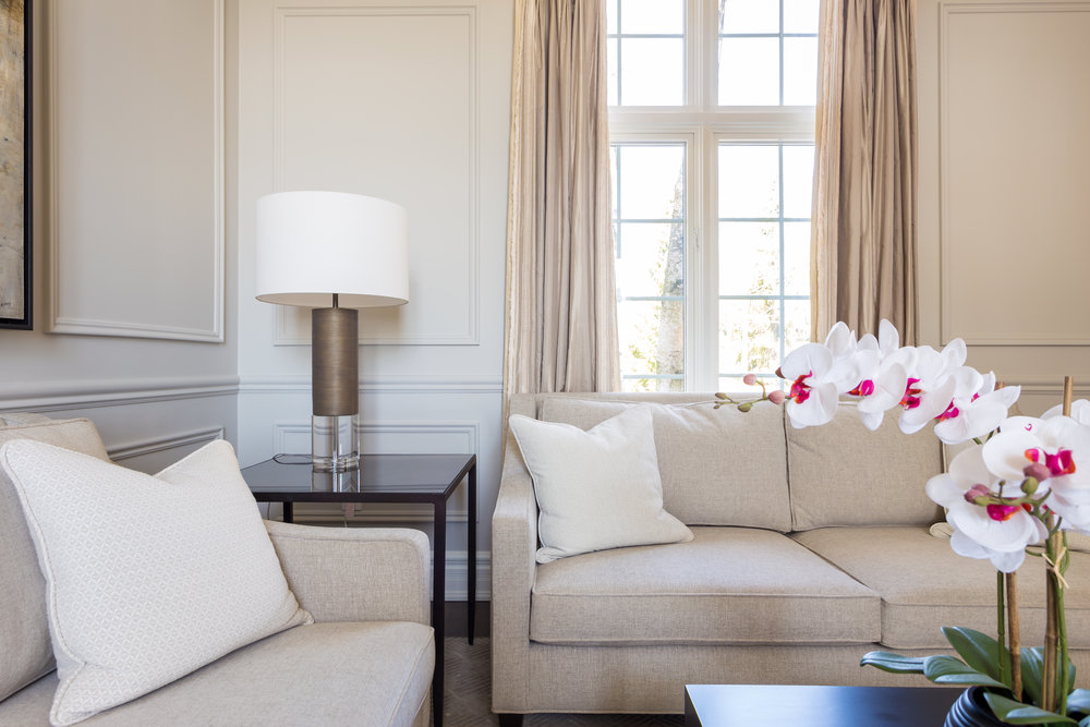 oakville-interior design-living room-custom-furniture-robson hallford