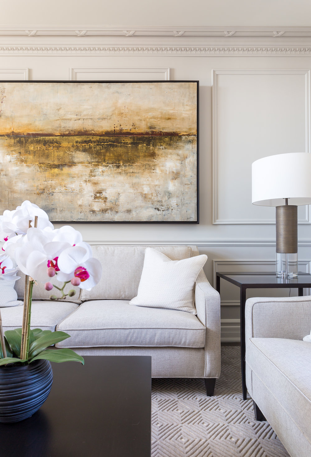 oakville-interior design-living room-furniture-robson hallford