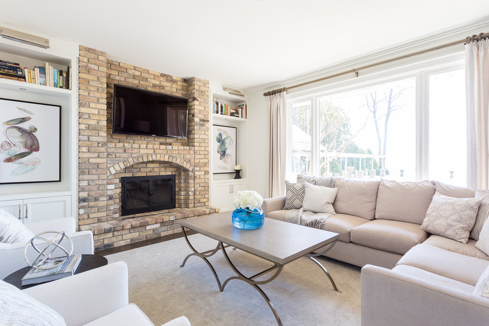 oakville-interior design-family room-fireplace-furniture-robson hallford