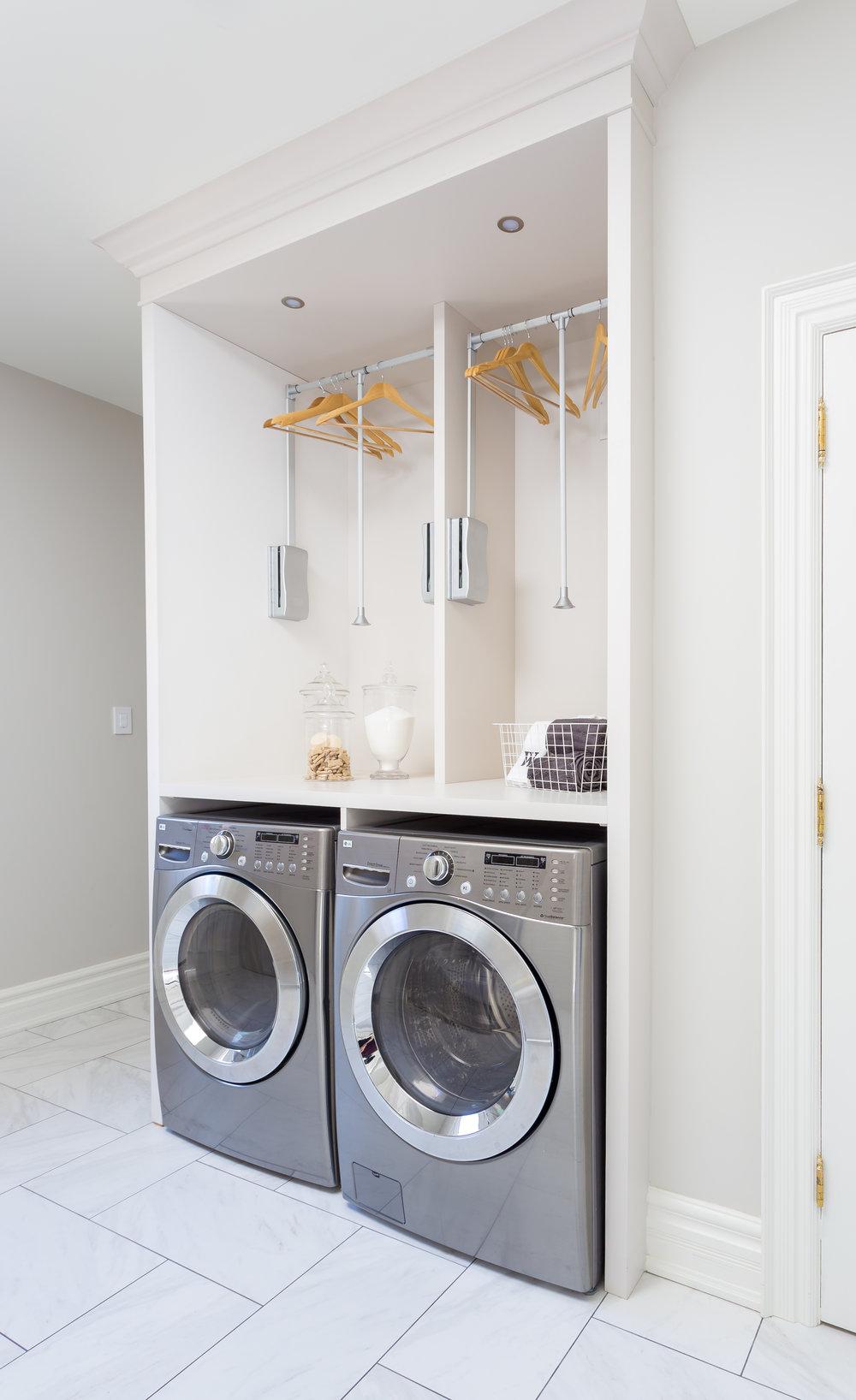 akville-interior design-laundry room-custom-cabinets-robson hallford