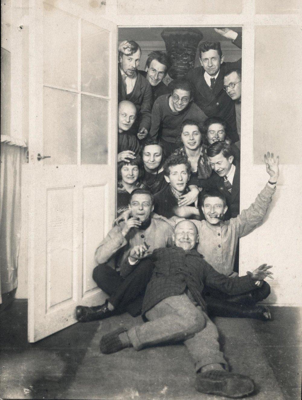 03_Leben-am-Bauhaus-Weimar.jpg_1342309723.jpg