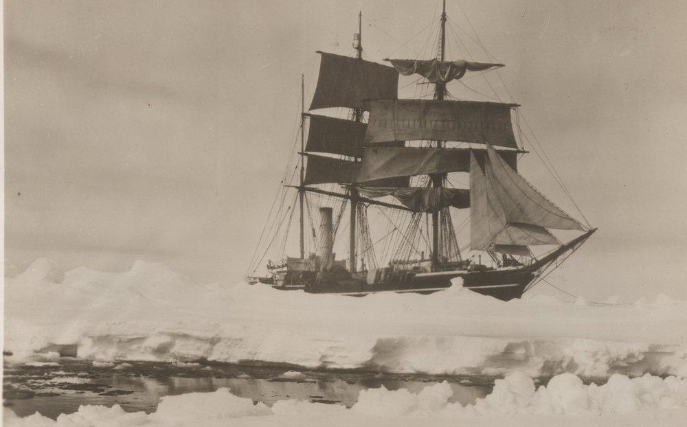 herbert_ponting_scotts_ship_terra_nova_1910.jpg