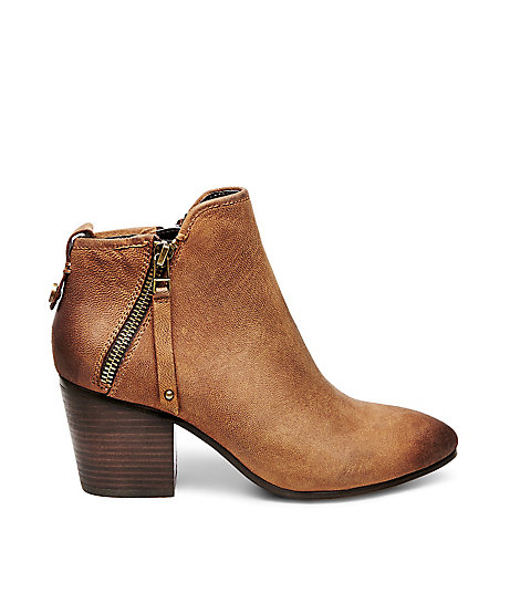 STEVEMADDEN-BOOTIES_JULIUS_COGNAC-LEATHER_SIDE.jpeg