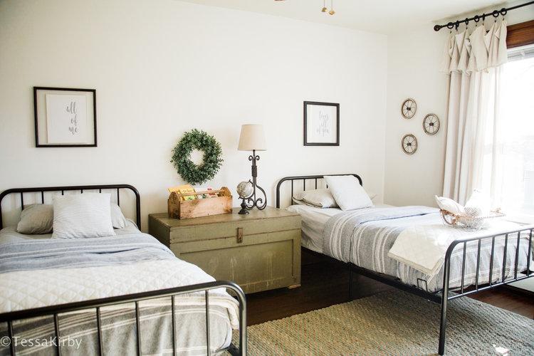 Farmhouse Style Kids Room Reveal