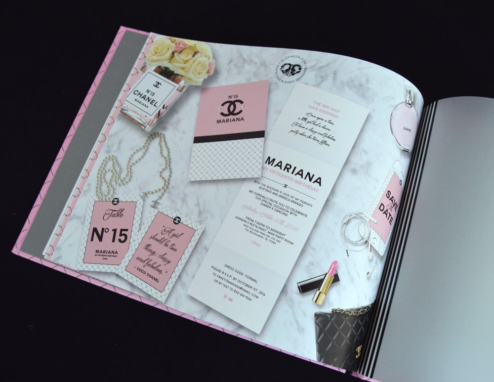 Custom Signature guest book. Sweet 16, quinceanera branding, chanel theme, pink, black. Qinceañera. Photobook. Album para firmas. Unique.