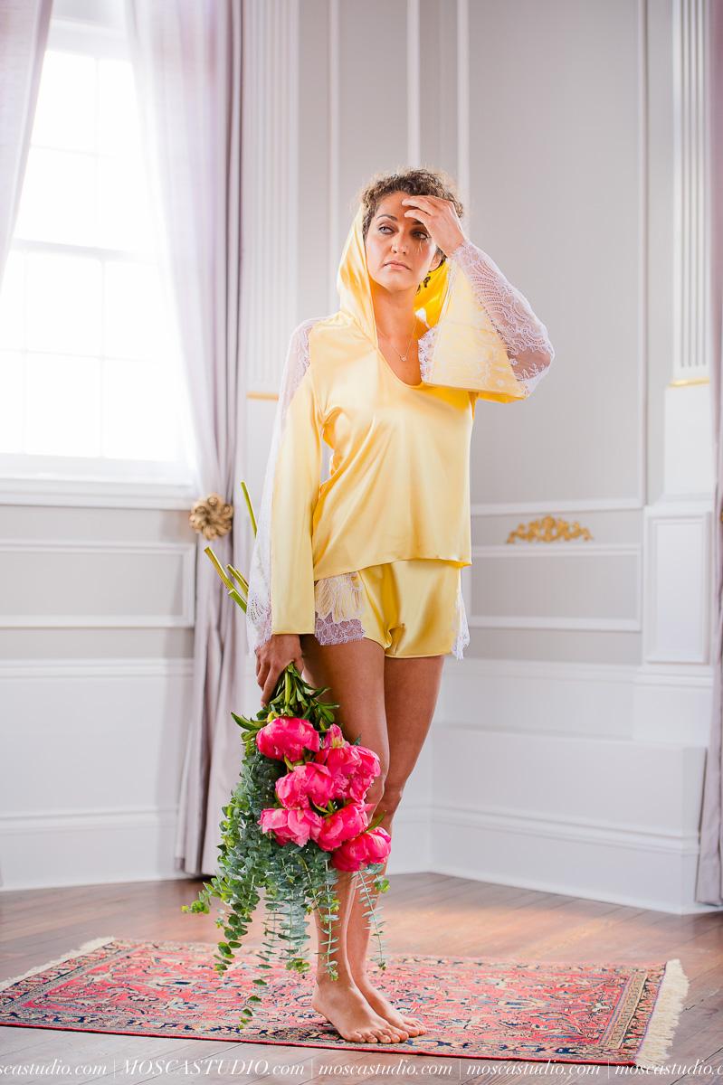 00030-MoscaStudio-layneau-lingerie-shoot-20150510-SOCIALMEDIA.jpg