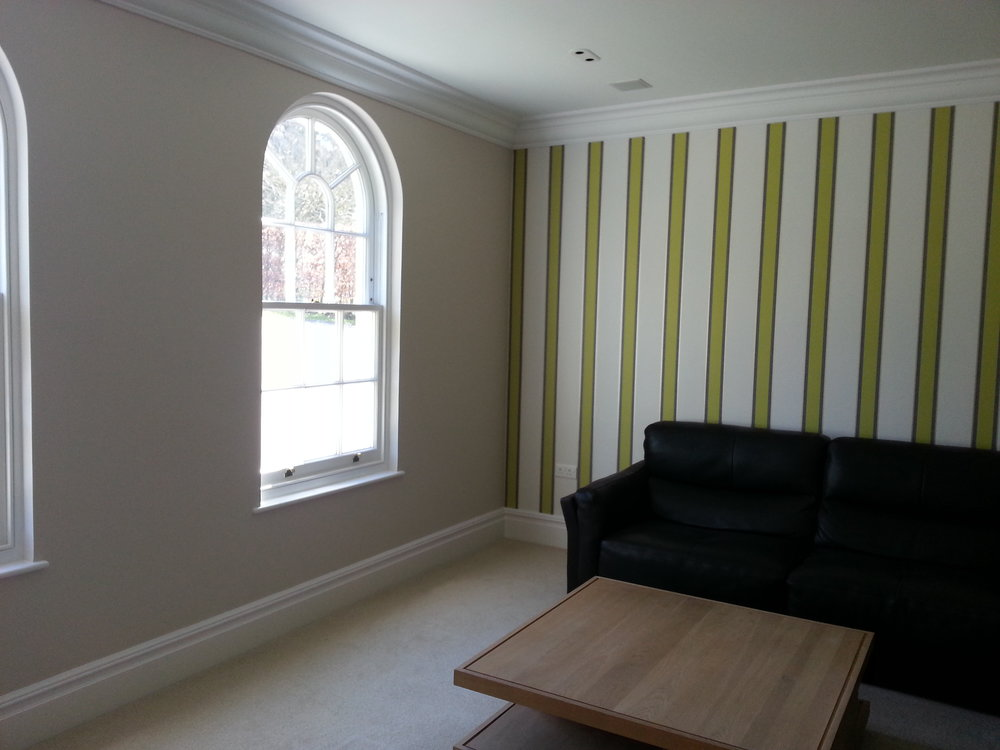 Lounge painting and wallpapering completed in Wanborough, Wiltshire