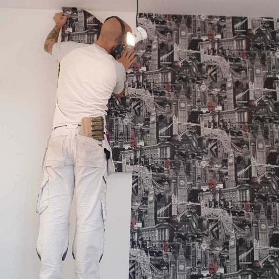 Hanging a feature wallpaper in Swindon, Wiltshire