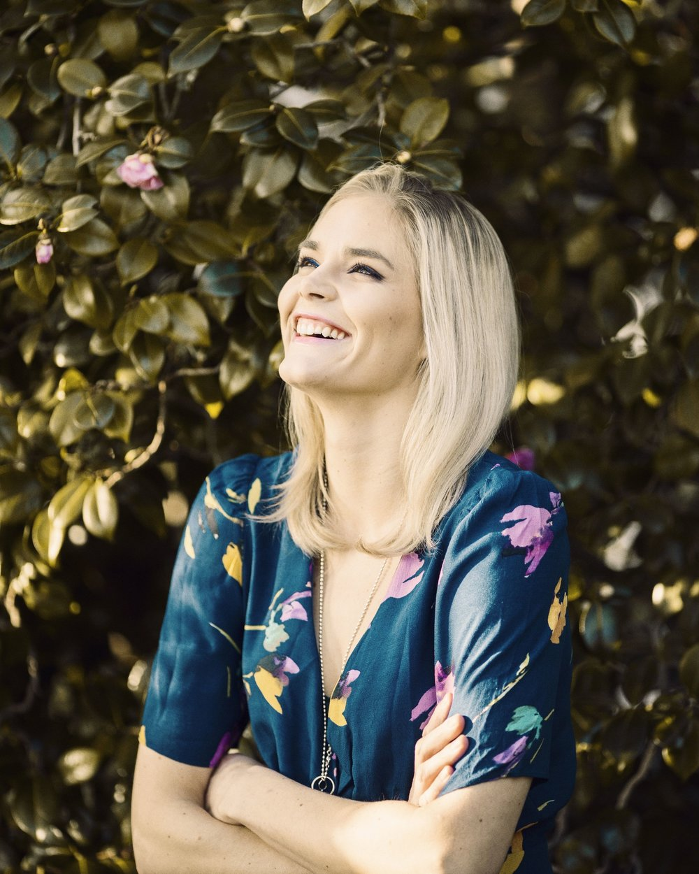 Marja Kihlström   on erityistason seksuaaliterapeutti, joka pitää suosittua  Puhu Muru  -blogia. Marjan herkkä ja ymmärtävä tapa puhua seksuaalisuudesta kannustaa lukijoita rakastamaan itseään ja nauttimaan omasta kehostaan.    Arvostelukappaleet ja haastattelut  >  heini.salminen@kosmoskirjat.fi    Pressikuvat  >  Kansi   I   Marja Kihlstöm  (kuva: Meri Björn)