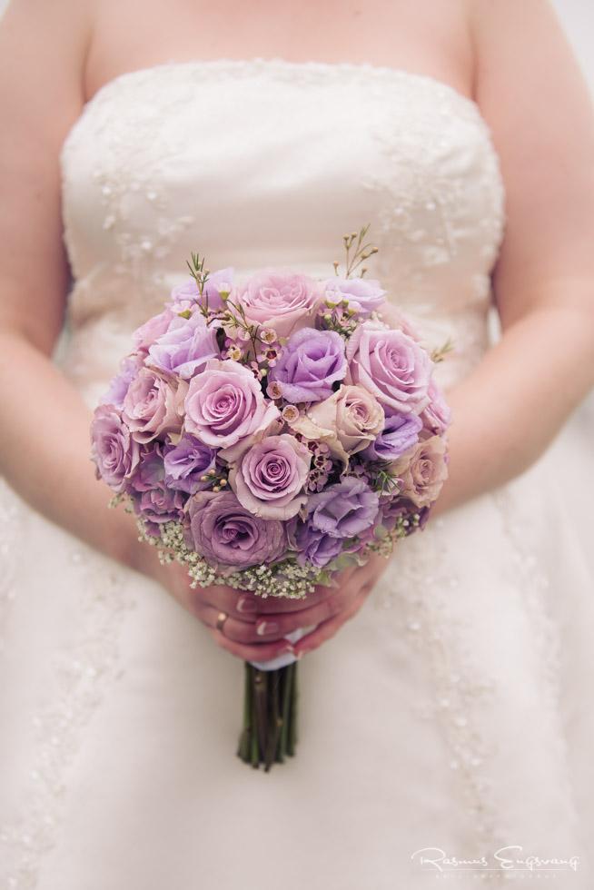 Brud-brudebuket-bryllupsbillede-10.jpg